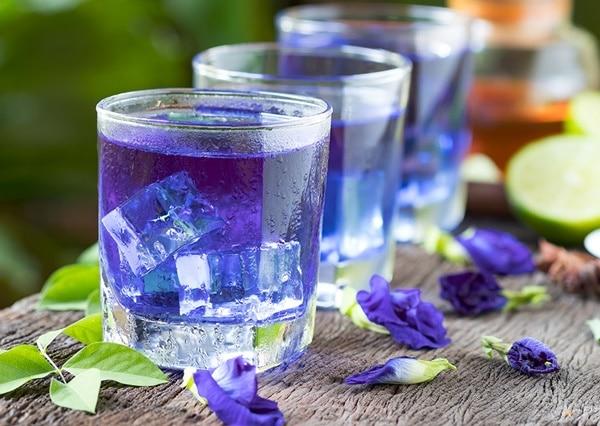 Dùng trà đậu biếc giúp giảm nhanh cảm giác căng thẳng, stress