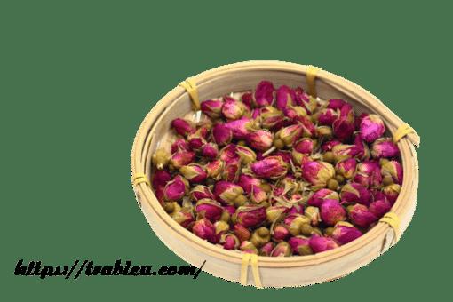 Trà hoa hồng là tên gọi chung của loại trà được pha bằng cánh hoặc nụ của hoa hồng