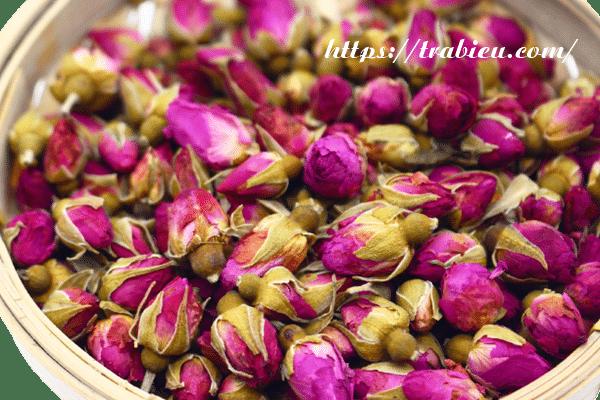 Trà hoa hồng giúp thư giãn, giảm căng thẳng và chống trầm cảm một cách hiệu quả