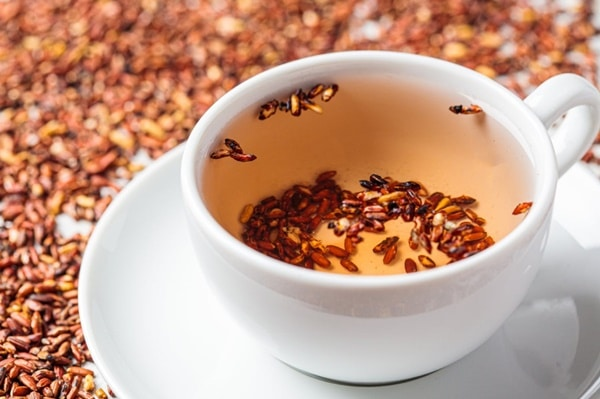 Hiện đang có nhiều loại trà gạo lứt khác nhau - trà gạo lứt rang