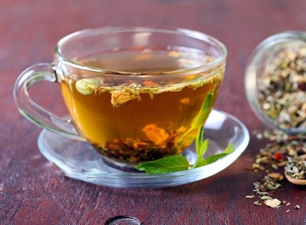 Nước trà gạo lứt xạ đen có màu đẹp mắt, mùi thơm diu, dễ uống