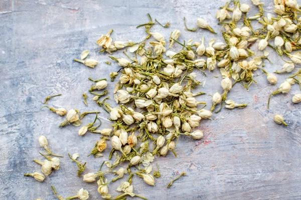 Trà lài hay trà hoa nhài là loại trà được sử dụng phổ biến ở Việt Nam