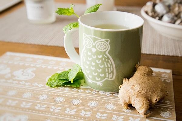 Người đang giảm cân không nên uống trà gừng đường đỏ