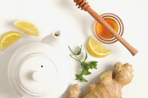 Nhiều người đang chọn pha trà gừng mật ong thơm ngon, tốt cho sức khỏe