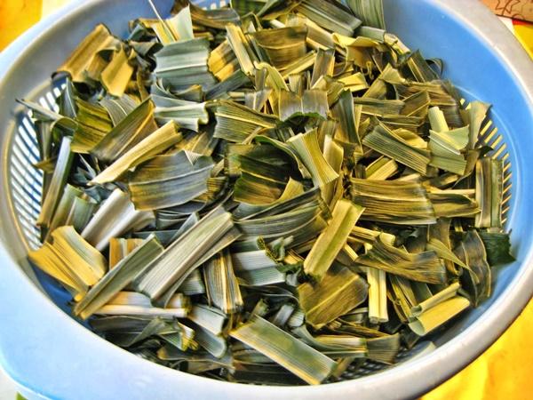 Lá dứa được dùng trong nhiều công thức nấu ăn, làm đồ uống