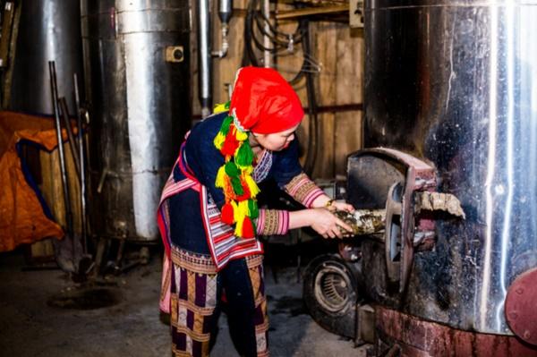 Trà Biếu chuyên bán lá tắm Dao Đỏ được sản xuất 100% theo công thức bí truyền của người Dao